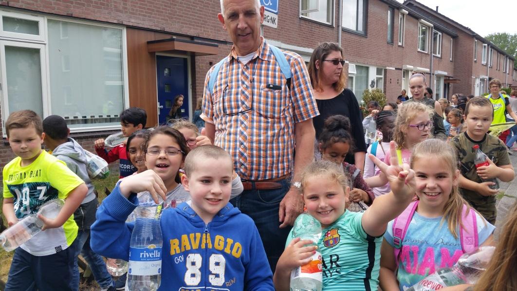 enthousiaste-leerlingen-in-actie-in-de-wijk